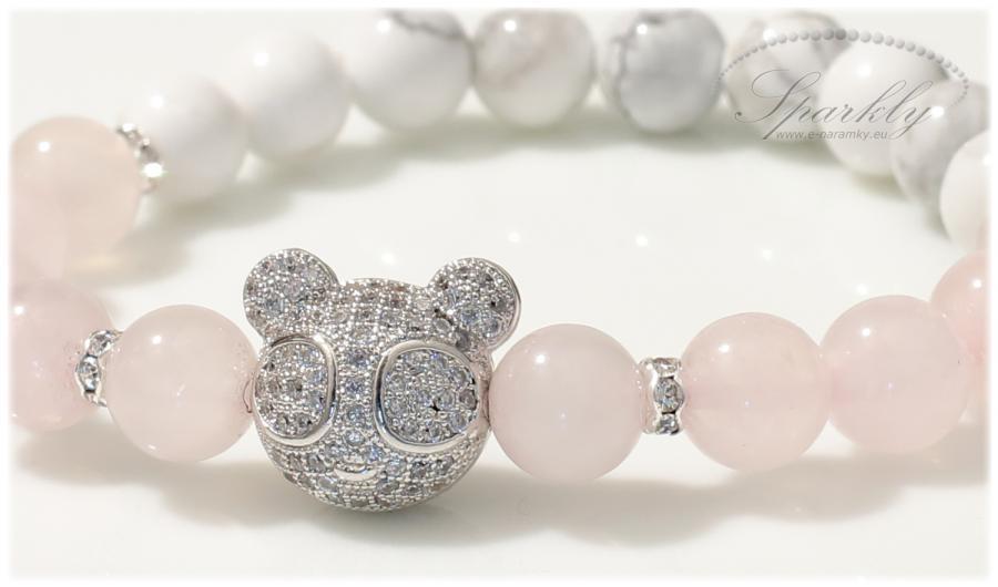 Láska na první pohled! Romantický a něžný náramek Magic Teddy v sobě nese dokonalou barevnou souhru