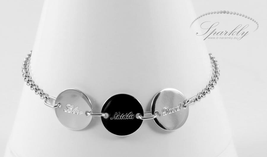 Obdarujte ženu luxusním šperkem a uvidíte ten nejzářivější úsměv, jaký si jen dokážete představit!